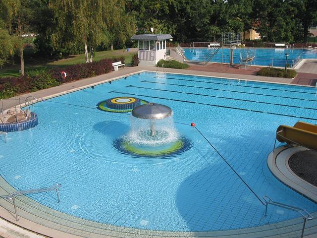 venkovn bazén