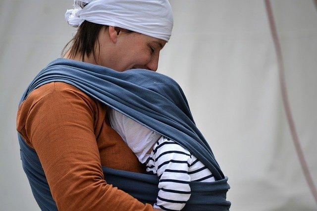 nosící matka