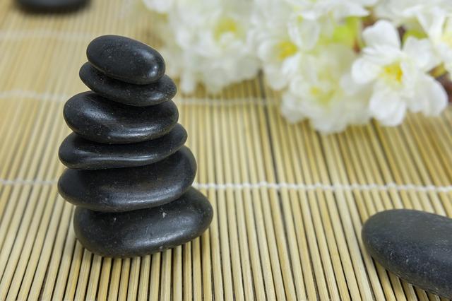Lávové kameny – symbol Ájurvédy