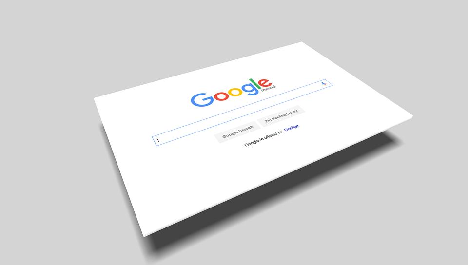 ležící Google